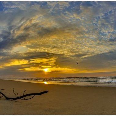 Surf City Sunrise 3-29-19