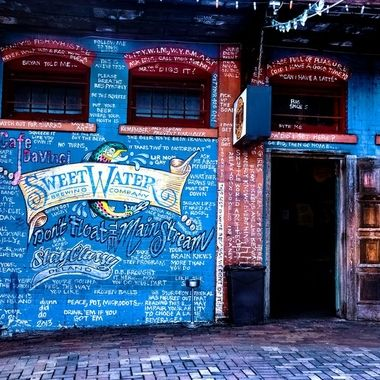 Sweet Water and Cafe DaVinci