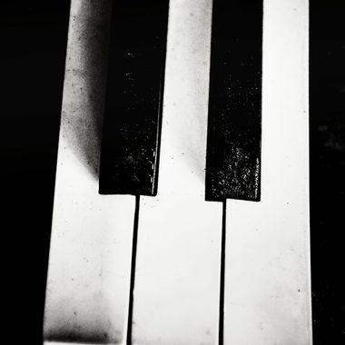3 Old Piano Keys