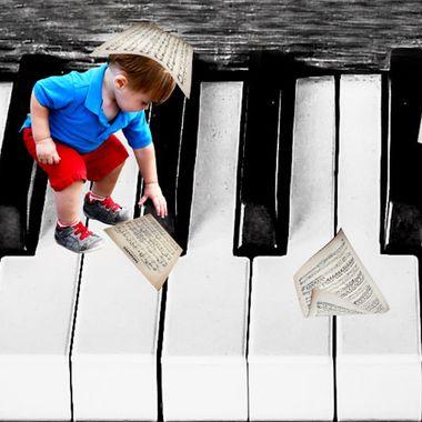 {Jax} Playing the Piano Keys
