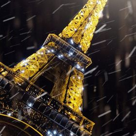 A Snowy night by Eiffel Tower