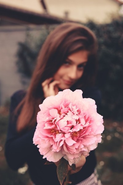Louella and pink peony