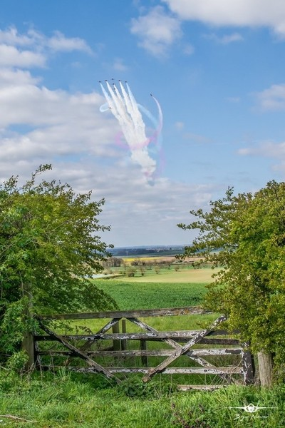 11-4-19 Red Arrows 9 Ship Tornado - looking great over the beautiful Lincolnshire Countryside