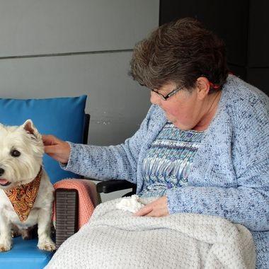 Boner bringing love to his friends at the nursing home
