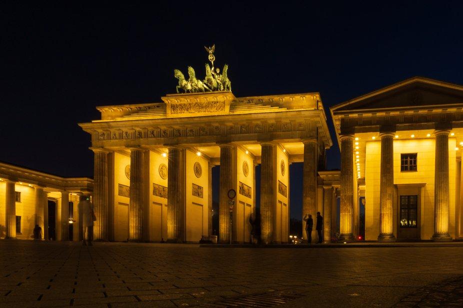 Brandenberg Gate_facade