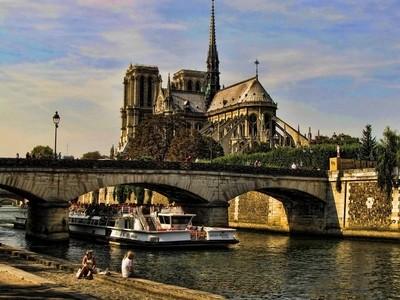 The Grand Dame of Paris.....