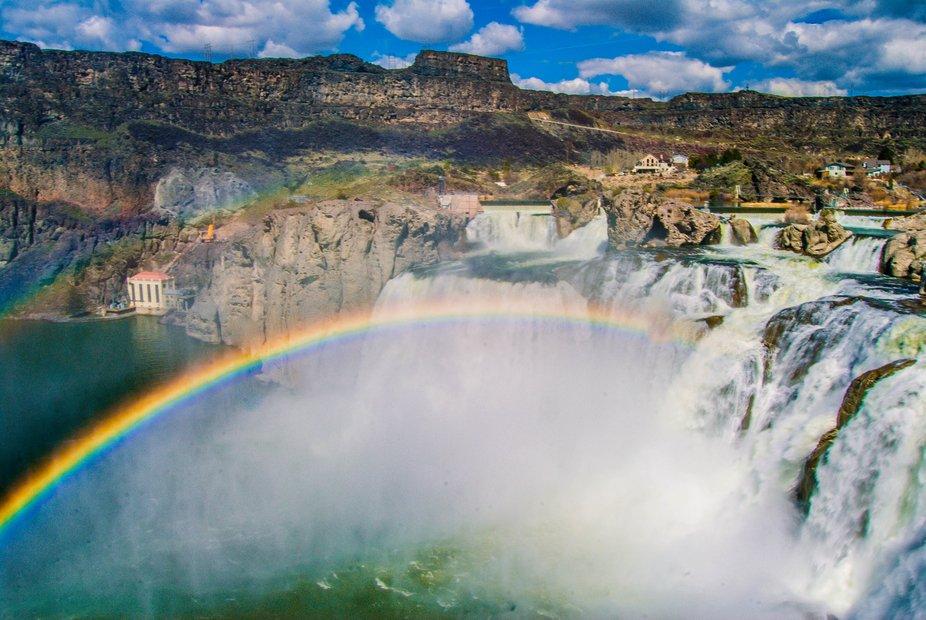 rainbow onto shosone falls