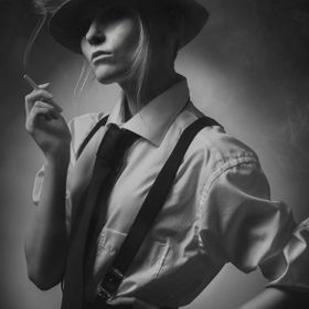 Portrait from film noir style shoot. Model: Rosa Summanen