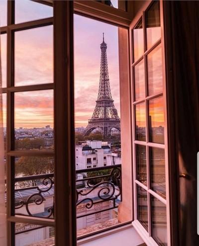Morning views in Paris