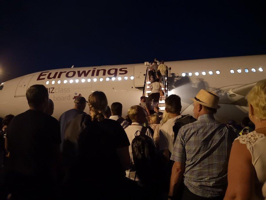 Boarding zum Abflug in die Heimat nach einem tollen Urlaub