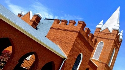 Crafty View of First Baptist Church