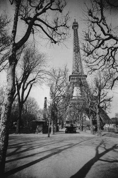 Eiffel Tower November 1989