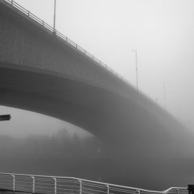 River Clyde in Glasgow was covered in mist, which presented a great opportunity for some extra cool and moody shots.Here is one of them.