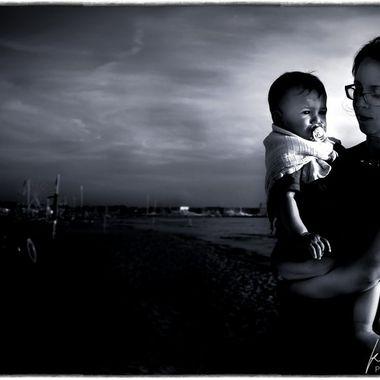 mother and child in Viareggio