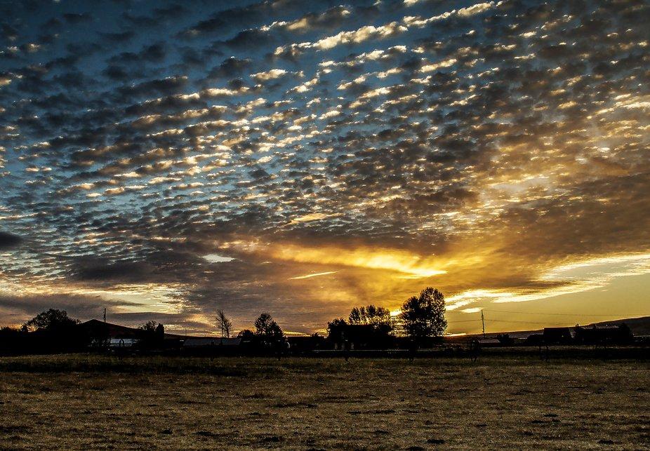 Selah Sunset October Mackerel clouds