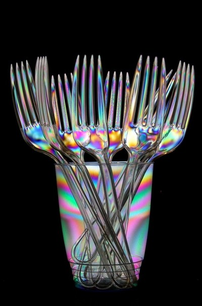 Cross Polarisation of some plastic forks in a cup