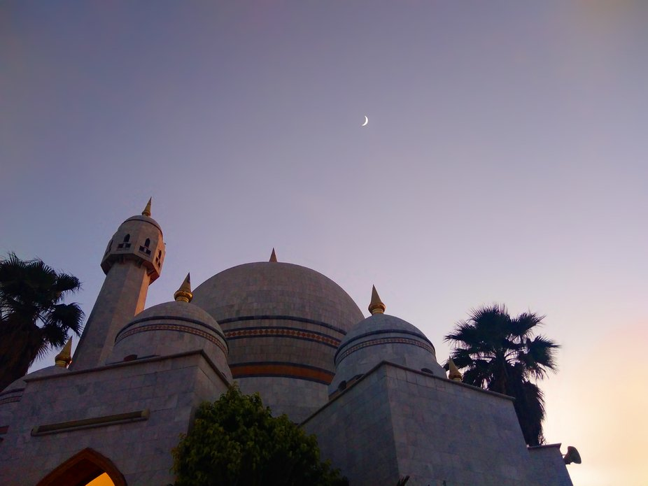 i was gone for  prayer and then i take this image  in that mosque