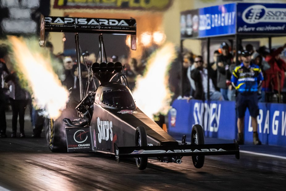 Mark Newby getting the Rapisarda Autosport International top fueller off the line on his way to winning the 2019 Nitro Thunder event