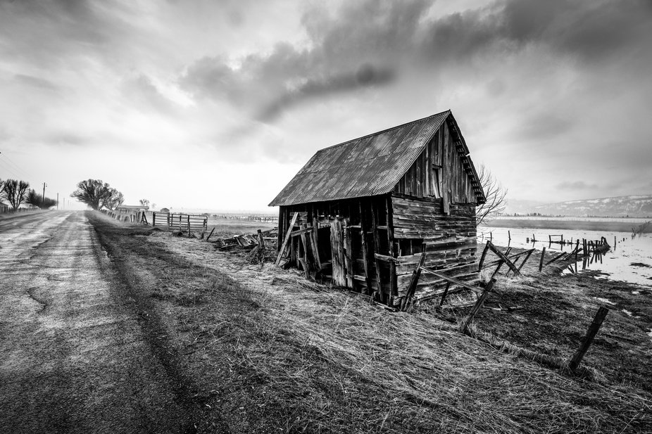 shed on road bw-1