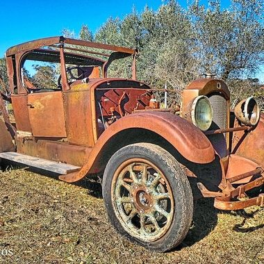 Rusty Trucks or Cars