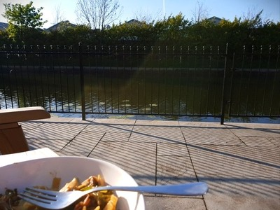 Scrannin by the waterway