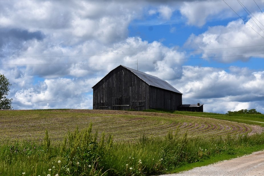 Barn on a back road in the rural Midwest.