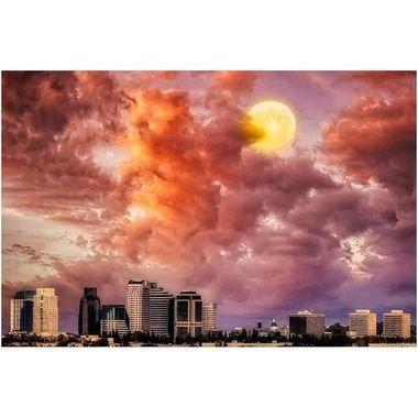 Moon Dance #sacramentoskyline #phantasm #moonscapes