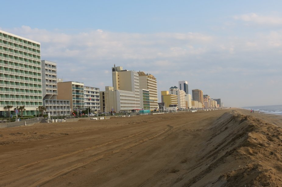 This is our  Ocean Front, there are many things to do during the summer, from concerts, Monsters ...