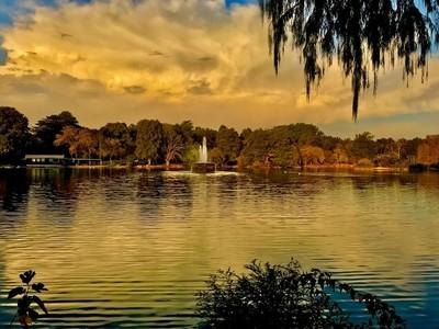 SUNSET AT ZOO LAKE