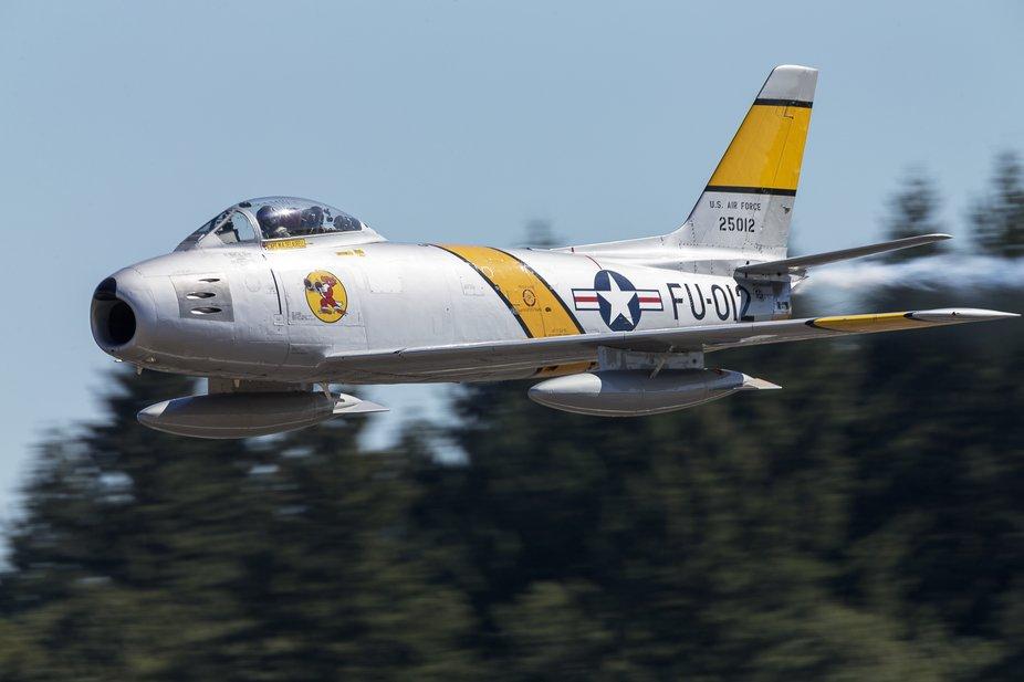 North American F-86F Sabre performing at the Oregon International Airshow