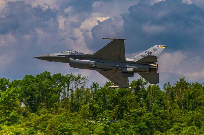Viper Demonstration Team by nsrailroader - Aircrafts Photo Contest