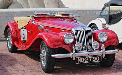 The old and elegant MG 1500 TF