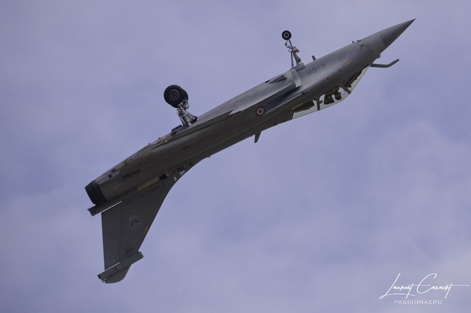 When you are inverted !!! Rafale Solo Display