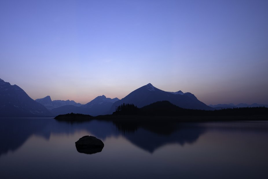 Upper Kananaskis lake in the blue hour with a long exposure