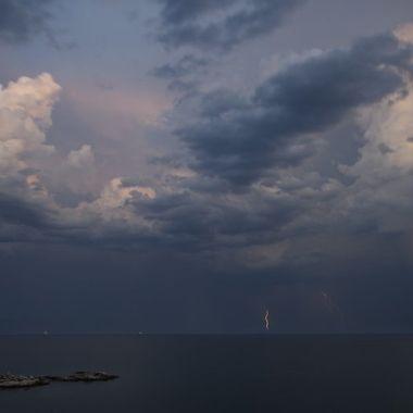 Horizon Lightning