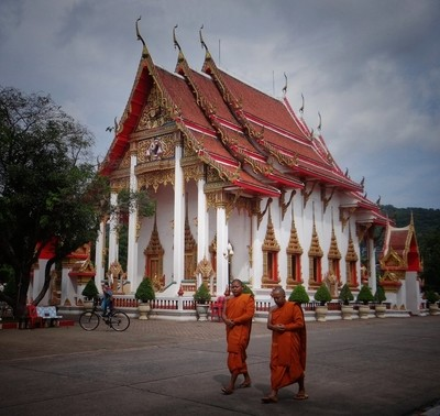 Monks visit temple on Buddhist Day.
