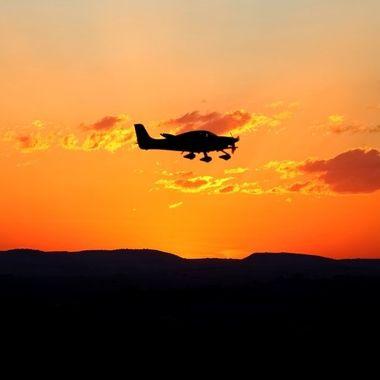 Sunset silouette plane 2