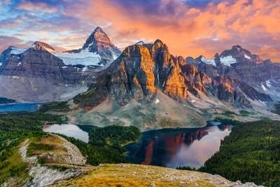 Mt Assiniboine and Sunburst Peak
