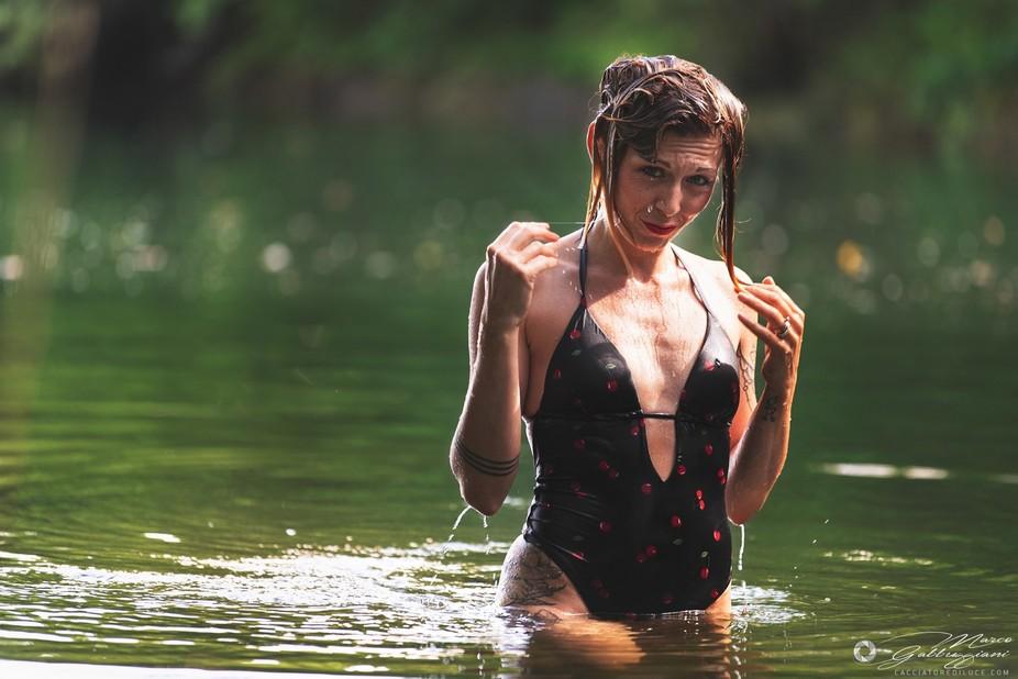 Giulia at the lake 2