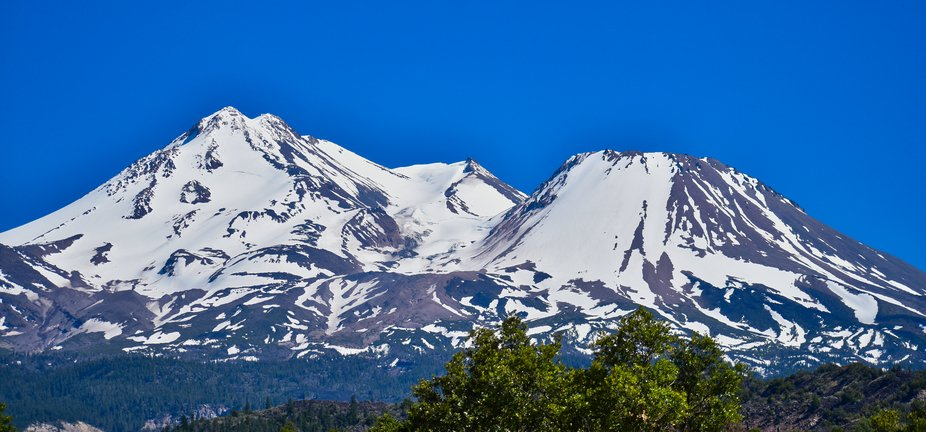 Crystal Clear View of Mt. Shasta