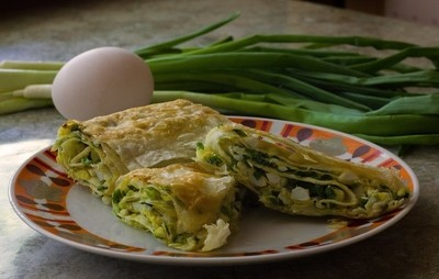 pita with egg and onion