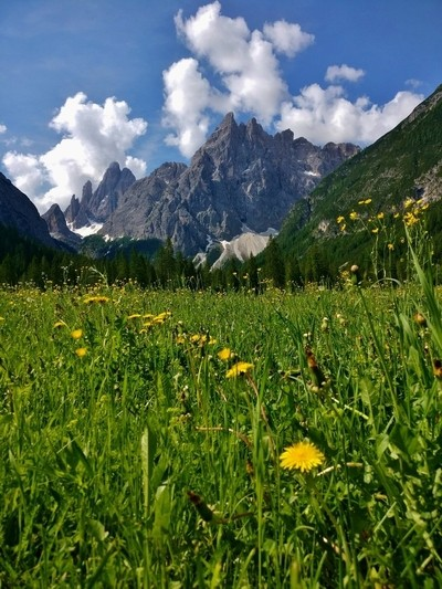 Tranquil mountain scene