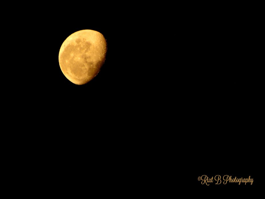 My shot of the so called Red Moon