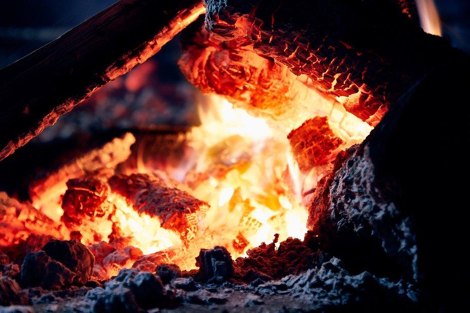 Semi-long exposure shot on a fireplace