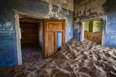 Ghost town room