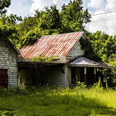 Abandoned old house in Vance