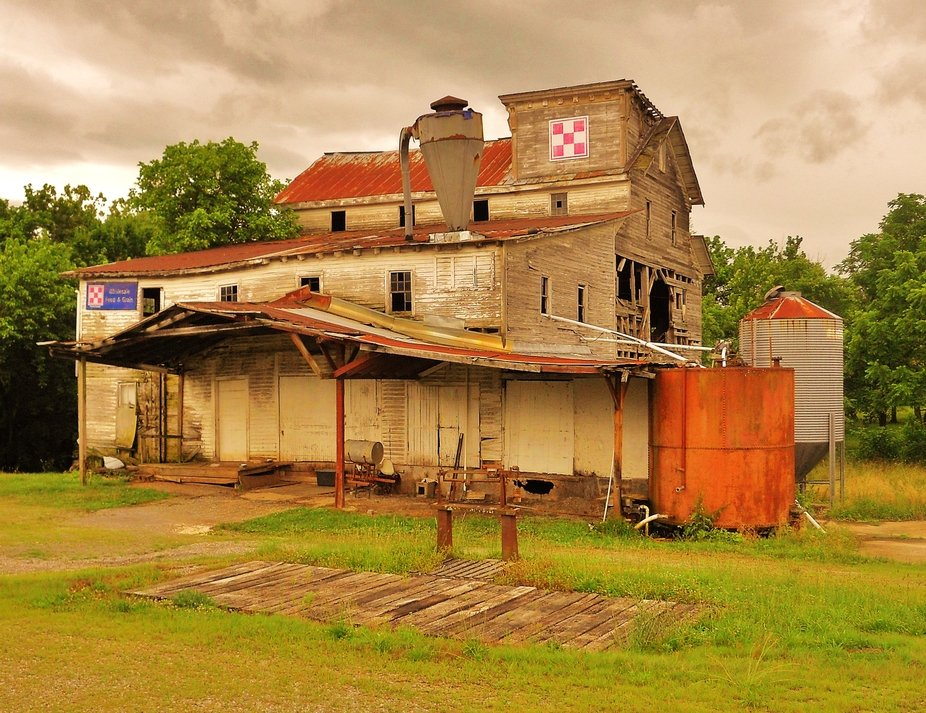 The old abandoned Afton feed & grain mill.