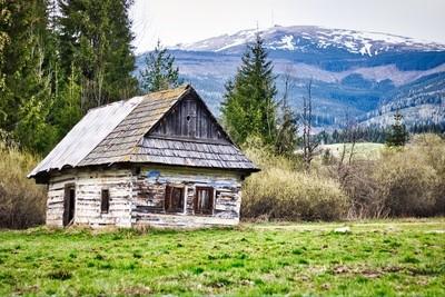 Wooden cottage under Kráľova hoľa