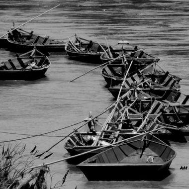 _gravel barge