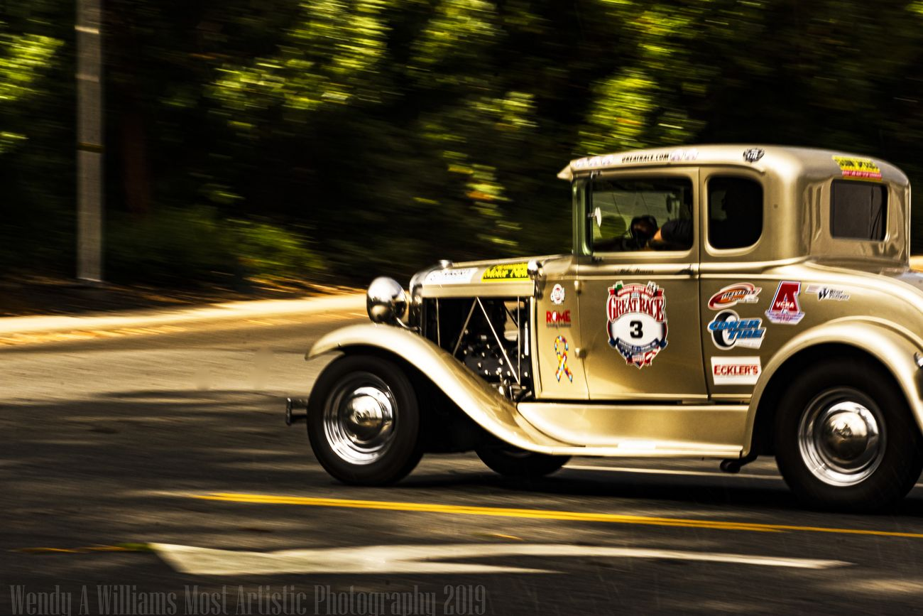 This beautiful Antigue Car was one of the entries in the Great Race of 2019 Which is a 9 day race from Washington to California and I was fortunate enough to see the racers driving through my area of Southern Oregon